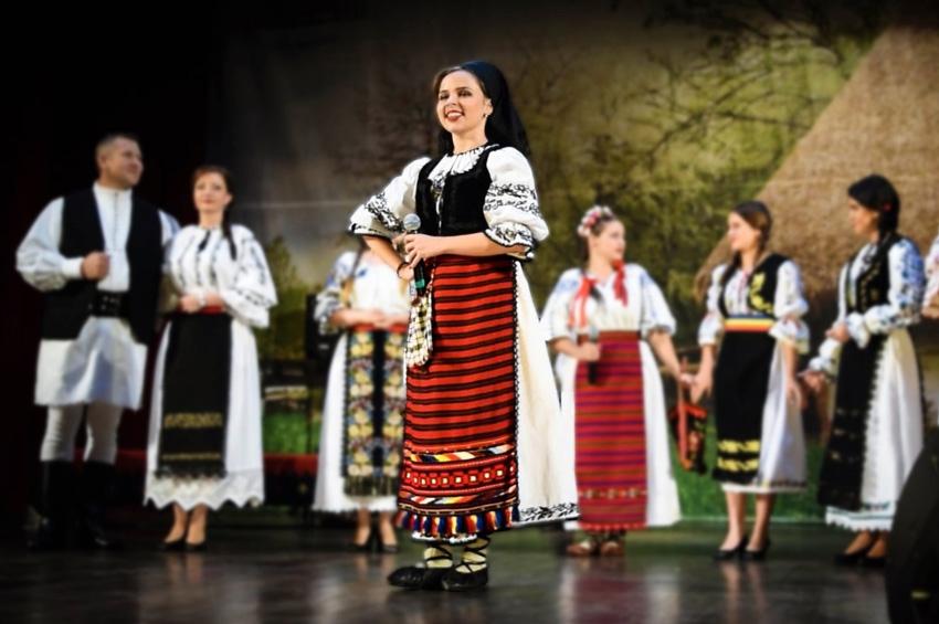 """""""Zestrea Ardealului"""", pasiune și respect pentru folclor și tradiții"""